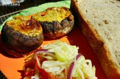 Plnené bedle (fotorecept) Baked Potato, Quiche, Hamburger, Potatoes, Baking, Ethnic Recipes, Food, Red Peppers, Bakken