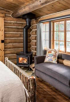 A Day in the Life at Lone Mountain Ranch #rustic #rusticdecor #western #bedroom #cabin #cabinlife