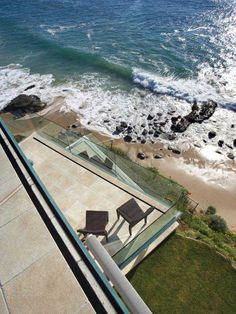 Laguna Beach Residence Sports Semi-Transparent Glass Walls