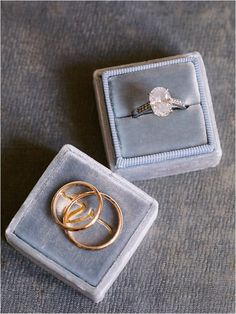 Luxyry wedding rings and engagement ring | Image by Ian Holmes