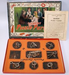 A fabulous old set. Puzzle Party, Brain Teaser Puzzles, Vintage Board Games, Games To Play, Playing Games, Hobby House, Space Theme, Puzzle Toys, Train Layouts