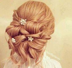 Bridal pixie Jora Brown Haircut Styles Celebrities Hairstyle