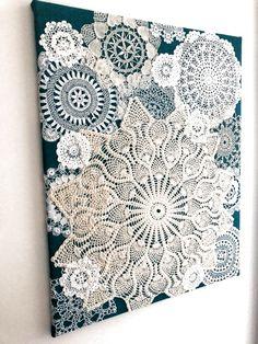 Doilies Crafts, Crochet Doilies, Lace Doilies, Framed Doilies, Paper Doily Crafts, Framed Fabric, Home Crafts, Diy And Crafts, Arts And Crafts