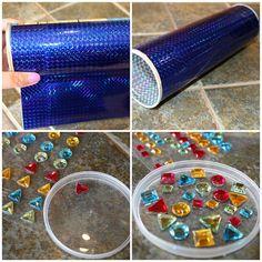 Pringle's & holographic paper and colour stones = Kaleidoscope Toddler Crafts, Preschool Crafts, Diy Crafts For Kids, Fun Crafts, Pringles Dose, Pringles Can, Diy Kaleidoscope, Burlap Flowers, Fun Activities For Kids