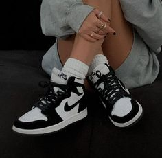 air jordan 1 black & white - Source by isabellalupina - Dr Shoes, Nike Air Shoes, Hype Shoes, Cool Nike Shoes, Shoes Men, Adidas Shoes, White Tennis Shoes, Tennis Shoes Outfit, Hip Hop Outfits