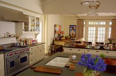'Something's Gott Give' kitchen