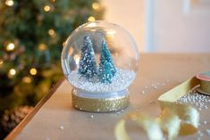 15 Dollar Store Christmas DIY Projects Anyone Can Do - The Krazy Coupon Lady - Diy and crafts interests Christmas Craft Projects, Craft Stick Crafts, Fun Crafts, Christmas Crafts, Christmas Decorations, Diy Projects, Craft Ideas, Craft Sticks, Backyard Projects