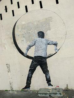 Artist: LEVALET #streetart