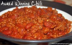 Award Winning Chili: 2 pounds ground beef, 1/2 onion, chopped, 1 tsp ground black pepper, 1/4 tsp garlic powder, 2 1/2 cups tomato sauce, 1 (8 ounce) jar salsa, 4 Tbsp chili seasoning mix,, 1 (15 ounce) can light red kidney beans, 1 (15 ounce) can dark red kidney beans, 1/2 tsp chipotle powder I let it simmer covered on the stove for an extra hour before I tran...