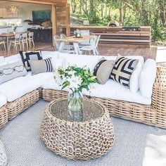 Best Living Room Wall Decor Eeveryone Love - Neat Fast Find the best terrace design ideas to match your style. Browse through images of decking ideas & decoration to create your perfect outdoor space. Outdoor Bedroom, Outdoor Rooms, Outdoor Living, Outdoor Sofa, Modular Outdoor Kitchens, Outdoor Kitchen Design, Kitchen Decor, Rustic Outdoor Furniture, Outdoor Decor