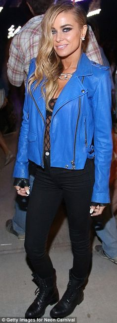 Carmen Electra held on to a male companion's hand as she arrived in an electric blue jacket and slim fitting black jeans Carmen Electra, Oval Face Hairstyles, Shaved Hairstyles, Neon Carnival, Ohio, Shaved Hair Women, Kelly Osbourne, Coachella Festival, Models