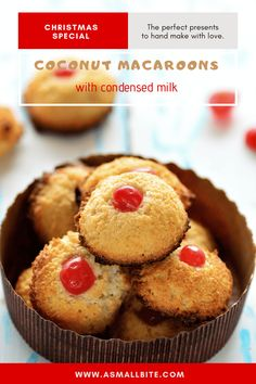 Coconut Cookies, Coconut Macaroons, Eggless Biscotti Recipe, Baking Recipes, Cookie Recipes, Condensed Milk Recipes, Macaroon Recipes, Xmas Food, Biscuit Cookies