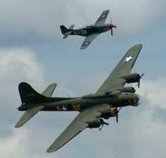 P41 and  B17   Duxford 2015. Flying Legends Day.