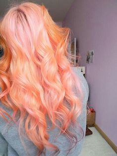 hair, hair color, peach, peach hair Plus Hairstyles Haircuts, Pretty Hairstyles, Short Haircuts, Cheveux Oranges, Hair Chalk, Coloured Hair, Dye My Hair, Pastel Hair, Coral Hair