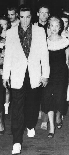 Elvis and Anita Wood in august 1957 in Memphis. She was his new date at the time.