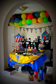 Perfect art for a superhero party! Love the balloon color choice #kimberlingray