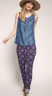 Esprit / Pantalones elásticos con caída suelta