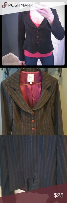 Nanette Lepore pinstripe blazer Black blazer lined in magenta with pink pinstripes. Cute flower shaped buttons. Slight peplum detail in back for a flattering shape. Size 4. No visible signs of wear, great condition! Nanette Lepore Jackets & Coats Blazers