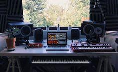 Black Friday Music & Audio Deals - The Ultimate Guide! Music Studio Room, Audio Studio, Sound Studio, Music Rooms, Design Studio Office, Recording Studio Design, Studio Setup, Mobile Recording Studio, Arduino