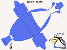 Cute Free Printable Alice in Wonderland Party Favor Box.