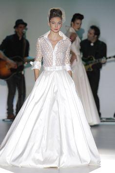Vestido de novia elegante - Isabel Zapardiez 2014