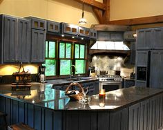 Eclectic Kitchen Mountain Home Design, Pictures, Remodel, Decor and Ideas - page 23