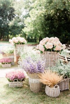29 Ways to Turn Your Wedding Into a Secret Garden - If you're dreaming of a magical garden spring wedding, filled with pastel and bright flowers, wit - Secret Garden Parties, The Secret Garden, Secret Garden Weddings, Vintage Garden Parties, Martha Stewart Weddings, Garden Party Decorations, White Wedding Decorations, Spring Decorations, Garden Wedding Inspiration