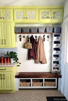 Cheap Home Decor Mudroom integrated into a kitchen entrance complete with cubbies and baskets for shoes {Reality Daydream}.Cheap Home Decor Mudroom integrated into a kitchen entrance complete with cubbies and baskets for shoes {Reality Daydream} Laundry Room Wall Decor, Laundry Room Organization, Laundry Room Design, Diy Organization, Room Decor, Mudroom Cubbies, Vintage Laundry, Cubby Storage, Shabby Chic Kitchen