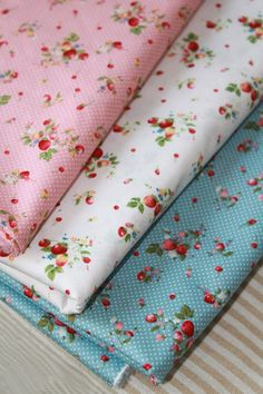 "Cup Cakes On Pink 100/% Cotton Fabric FQ-Per Yard 56/"" Wide Quilts Craft Patcwork"