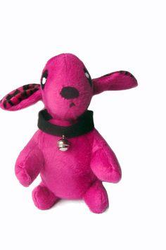 Fluse :Kleiner Hund  mit Halsband und Glöckchen.aus hochwertigem Plüsch. in Pink  ! Einzelstück!Unikat! Nach eigener Vorlage hergestellt! Maschinen...