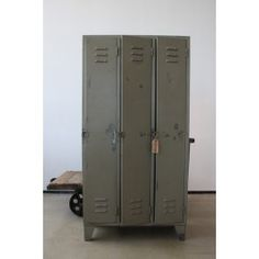 Vintage // Vintage locker - 395.00 euro