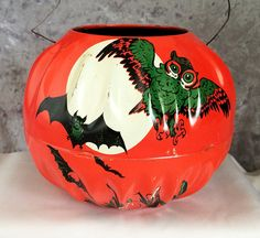 1950s JACK-0-LANTERN Halloween Vintage Tin Litho TOY, U.S. Metal Toy Mfg Co., Two Sided Pumpkin with Flying Black Bats, Owl, and Full Moon!