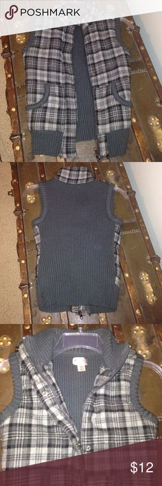 Plaid front printed vest. Super warm and cozy! Mossimo vest. Times of grey and black. Warm and light enough to wear under a jacket. Excellent condition. Smoke and pet free home. Mossimo Supply Co Jackets & Coats Vests