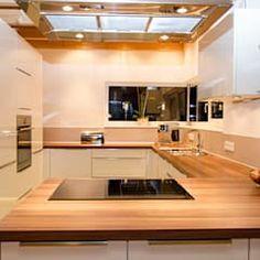 Einfamilienhaus Mit Doppelgarage: Moderne Küche Von Hauptvogel U0026 Schütt  Planungsgruppe