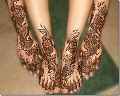 I am always on the look-out for beautiful and new henna mehndi designs . Here are a few bridal henna mehndi designs for the hands and legs . Mehandi Designs, Arabic Henna Designs, Wedding Mehndi Designs, Wedding Henna, Best Mehndi Designs, Mehndi Designs For Hands, Henna Tattoo Designs, Arabic Design, Heena Design