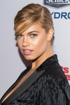 Hailey Clauson in Vênsette hair and makeup   at the 2015 Sports Illustrated Swimsuit Issue Celebration at Marquee, February 2015. Photo: Michael Stewart/Getty.