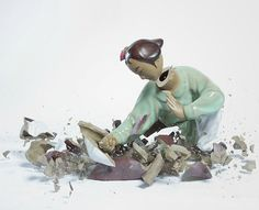 Porcelain fighting figures dropped and photographed the moment of shattering. - Album on Imgur
