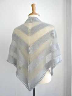I like the transparent stripes. I think I have a fiber that might work for that, actually. 12.7.01 by quidpix, via Flickr