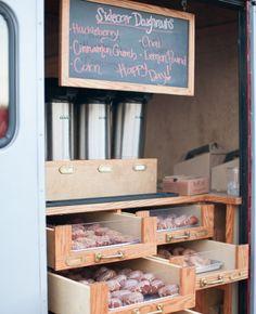 Delicious doughnut bar | Allison Maginn Photography