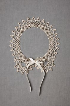 Collar - lace tatting