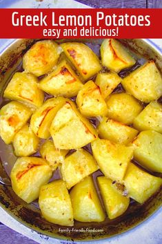 A taste of the Mediterranean and so easy to make! A delicious side dish for the summer or any time of year. potato al horno asadas fritas recetas diet diet plan diet recipes recipes Healthy Side Dishes, Side Dish Recipes, Veggie Recipes, Vegetarian Recipes, Healthy Recipes, Vegan Vegetarian, Vegetarian Side Dishes, Cheap Clean Eating, Clean Eating Snacks