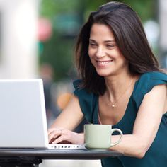 Sack the boss, and start to earn a really excellent income, working from home.