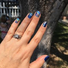 Rainbows on my nails. #holographicnails #rainbow #metallic #shiningpersonalityjn #betajn #justkeepswimmingjn #nailart