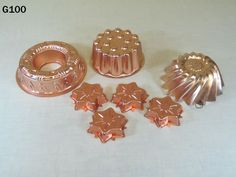 VINTAGE COPPPER CAKE JELLO PUDDING COOKIE MOLD LOT SET LOVELY HOME KITCHEN NICE