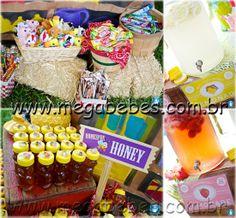 http://www.megabebes.com.br/megabebes/index.php/decoracao-de-festa-infantil-fazendinha/