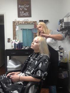 Blonde Dye, Gold Blonde, Blonde Color, Platinum Blonde, Blonde Hair, Hair Color, Hair And Beauty Salon, Bleached Hair, Hairdresser