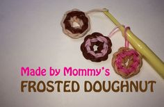 Rainbow Loom FROSTED DONUT Charm. Designed and loomed by Made By Mommy. Click photo for YouTube tutorial.