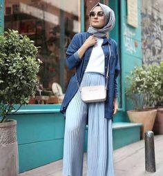 pleated palazzo pants-Casual hijab summer looks – Just Trendy Girls Hijab Fashion Summer, Modern Hijab Fashion, Muslim Fashion, Modest Fashion, Fashion Outfits, Fashion Fashion, Spring Fashion, Fashion Trends, Casual Hijab Outfit