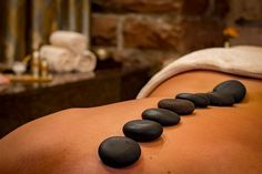 looking for day spas in California? At Trina's Massage, we offer day spa and wellness services. The spa offers a variety of therapeutic massages, skincare and detoxification therapies. Massage Tips, Thai Massage, Good Massage, Massage Techniques, Spa Therapy, Massage Therapy, Body Therapy, Massage Relaxant, Traditional Chinese Medicine