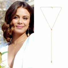 Cristal Flores wears this Gillian Steinhardt gold necklace on Dynasty 1x01
